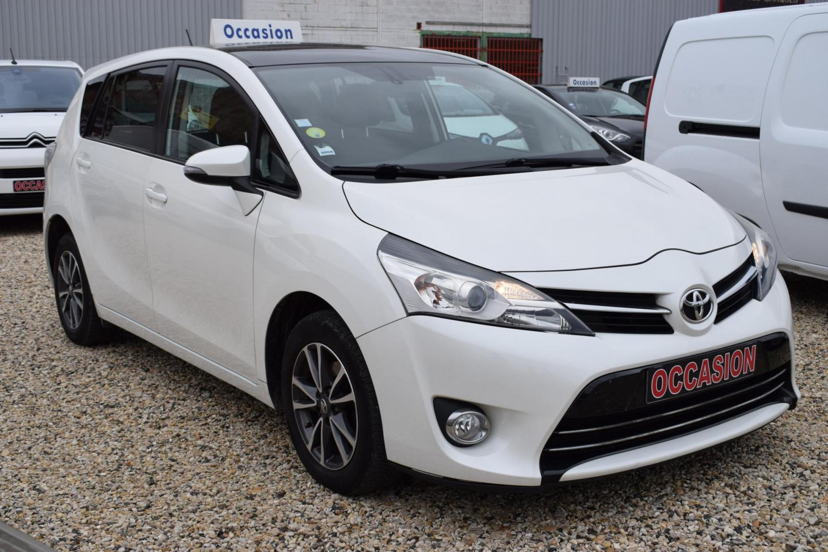 TOYOTA VERSO  D4-D 124 SKYVIEW 7PLACES